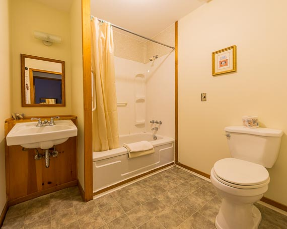 Cranton Cottages Photo - Interior Photo - Bathroom